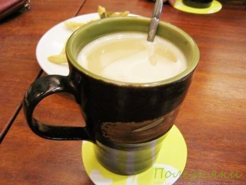 Имбирно-молочный напиток
