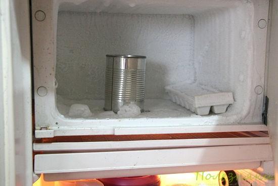 Ставим банку в морозильник