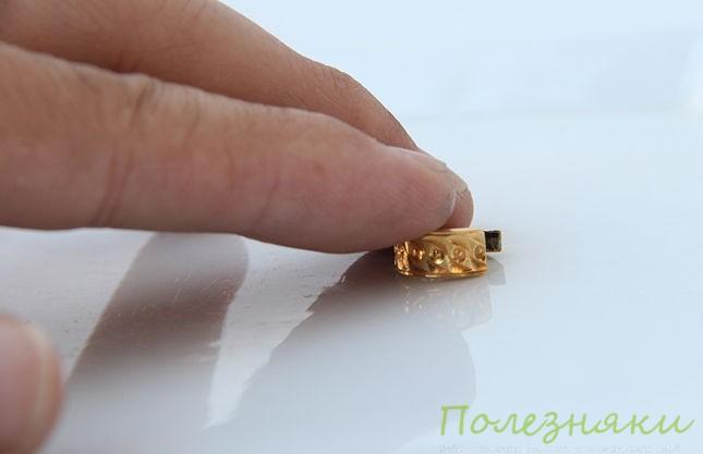 Как проверить подлинность золота с помощью поверхности