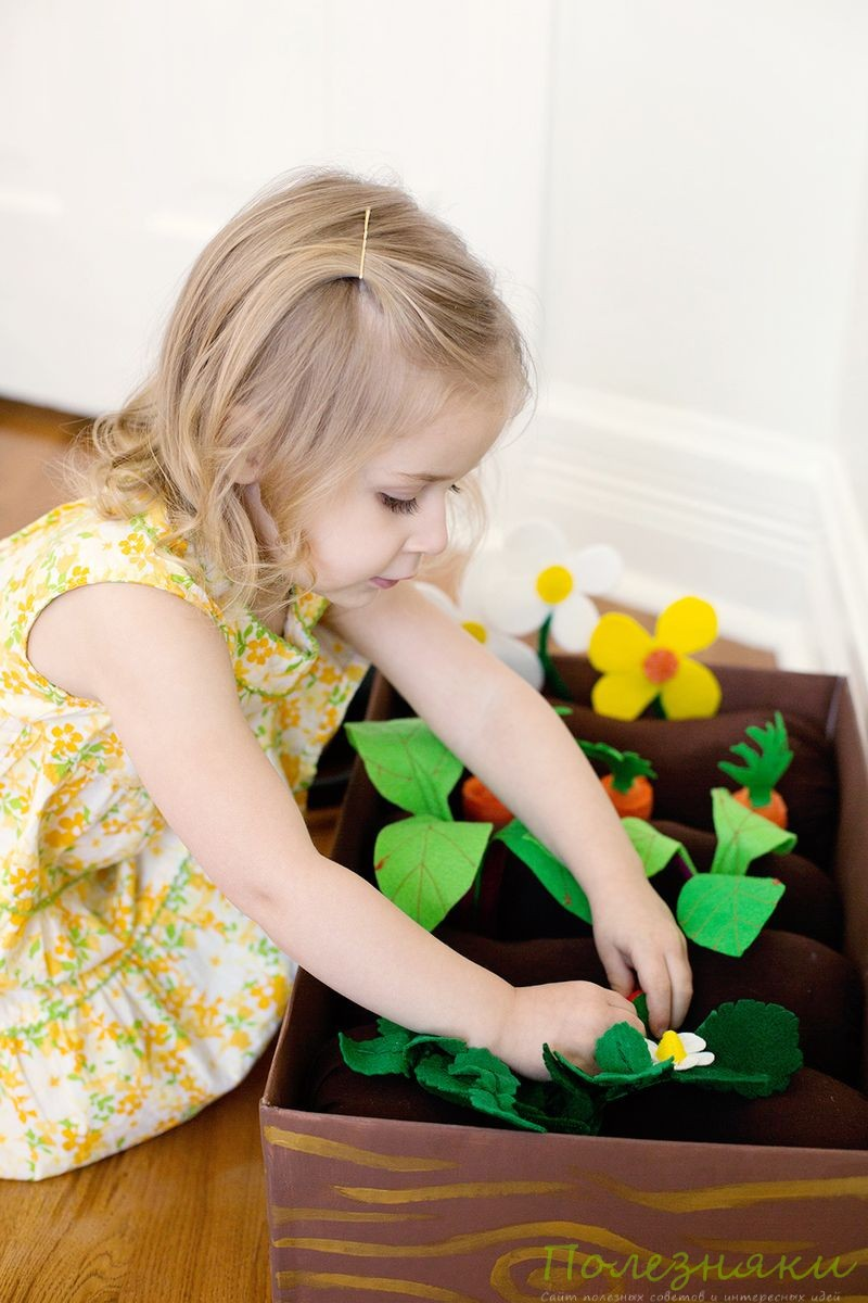 Как сделать игру-огород из войлока