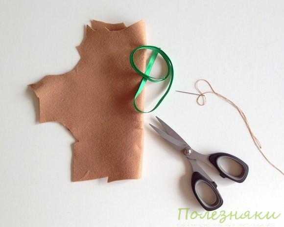 Вырезаем из войлока конверт