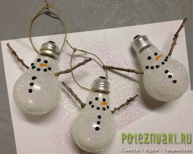 Лампочки как новогодние украшения сделанные своими руками 5