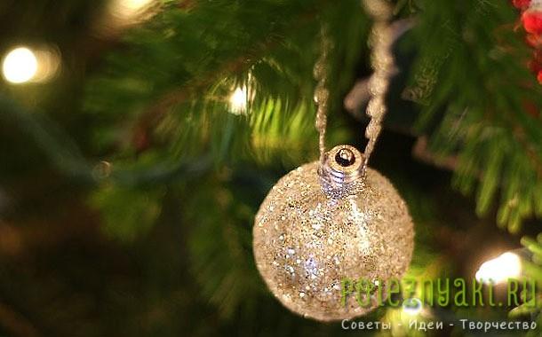 Новогодние украшения из лампочки сделанные своими руками 1
