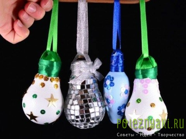 сделай сам рождественские идеи созданию украшений из лампочек 11