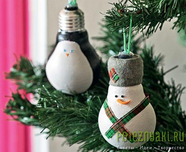 сделай сам рождественские идеи созданию украшений из лампочек 12