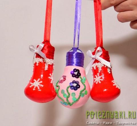 сделай сам рождественские идеи созданию украшений из лампочек 15