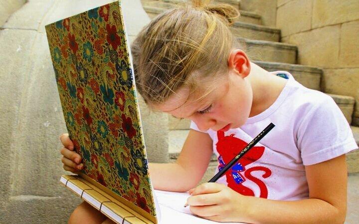 Как научить ребенка рисовать: 5 простых способов пробудить талант