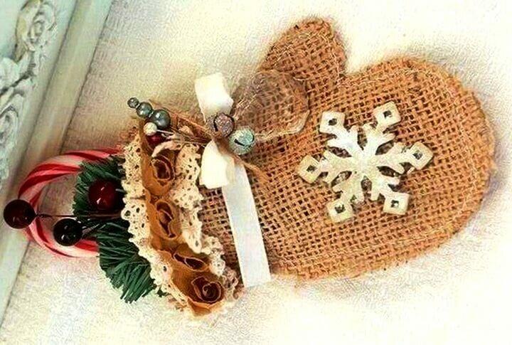 Необычные поделки из мешковины на Новый год своими руками