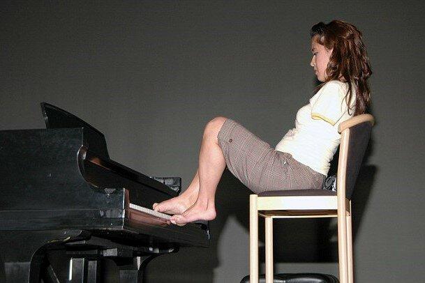 Девочке, родившейся без рук – 35 лет. Как складывалась ее судьба