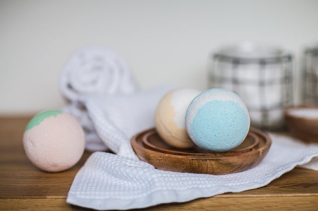 Бомбочки для ванны своими руками: для себя и для подарков! Простая инструкция