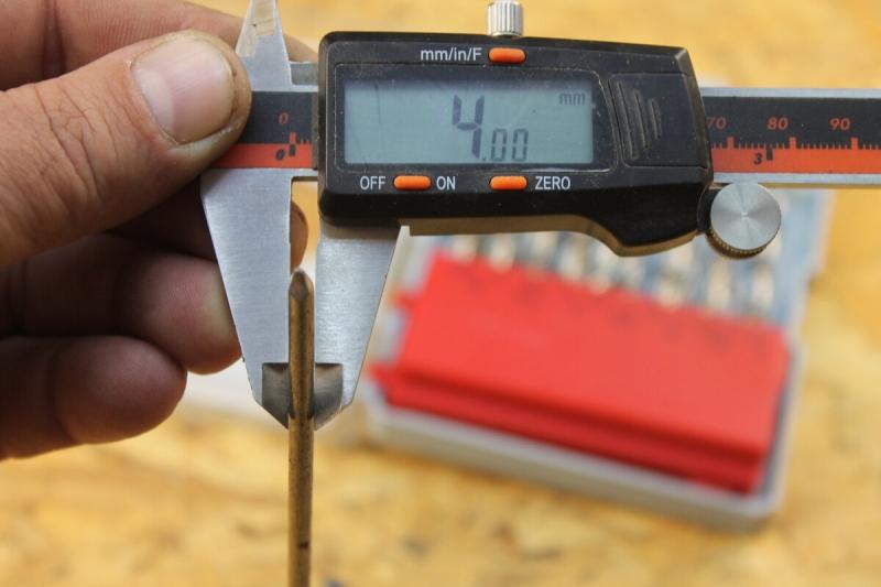 Как сделать из обычного гвоздя сверло по металлу за несколько минут