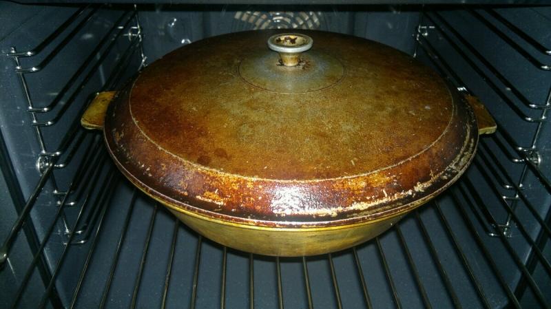 За 1 минуту очистила застарелый жир и нагар на сковороде новым для себя средством