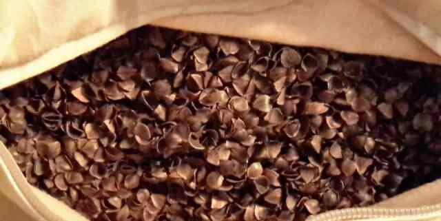 Подушка с гречневой лузгой: что собой представляет и как ее сшить