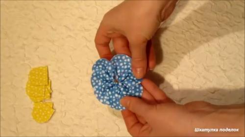 Весенняя идея из мультифетра.Милые заколочки клик клак своими руками.