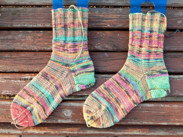 7 идей для вязаного гардероба из секционной пряжи